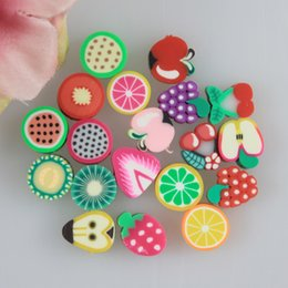 $enCountryForm.capitalKeyWord Canada - 100 Pieces Assorted Fimo Polymer Clay Fruit Pattern Beads With Hole For Kid Diy Craft Jewelry Making