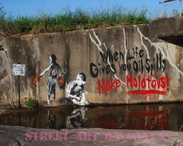 Life Size Figures Australia - Banksy When Life Gives You Oil Spills Handpainted & HD Print graffiti Art Oil Painting High Quality Canvas Home Wall Decor Multi Size G157