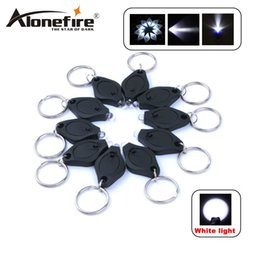 $enCountryForm.capitalKeyWord NZ - ALONEFIRE Mini Torch Key Chain Ring PK Keyring White LED Lights UV LED Light LED Bulbs Keychain Flashlight