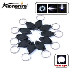 ALONEFIRE Mini Torche Porte-clés PK Porte-clés Blanc LED Lumières UV LED Ampoules LED Porte-clés en Solde