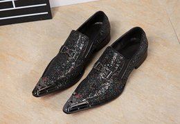 European Style Casual Shoes Canada - Set foot wedding dress men's shoes European and American style business work leather casual men's shoes.big size 37-46 x64