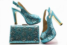 blue suit shoes Australia - Colorful Italian party shoes and bags of Italian women's shoes and handbags are paired with rhinestone suits..M49-1
