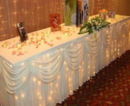 Ingrosso Gonna tavolo da sposa solido di colore bianco di seta del ghiaccio di modo che borda la decorazione della festa nuziale della festa nuziale di lunghezza di 20ft Decor Compleanno Baby Shower fornisce