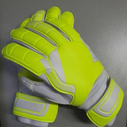$enCountryForm.capitalKeyWord NZ - Hot Sale Men Soccer Goalkeeper Gloves For Football Latex Goalie Gloves Professional Sports Finger Protection Goalkeeper Gloves