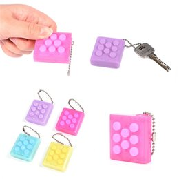 crazy funny toys NZ - Fashion Keychain Puchi Stress Reliever Squeeze Toys Puti Bubble Packing Crazy Gadget Endless Pop Pop Wrap finger press sound funny joke toy