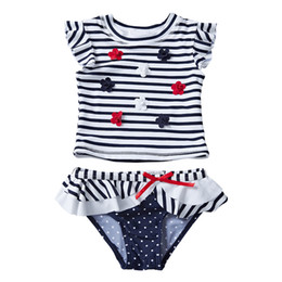Chinese  UPF 50+ Baby Girls Swimwear Costumi da Bagno Ensembles 2 pièces 3D Flower Striped Falbala Sleeveless Round Neck Kids Bathing Suits 12M-8T manufacturers
