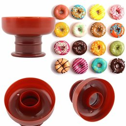 Wholesale DIY Tool Doughnut Donut Maker Cutter Mold Desserts Sweet Food Bakery Baking Cookie Cake Mould Kitchen Dessert Tool