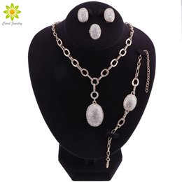 Discount dubai gold pendants - Fashion New Dubai Gold-color Accessories Bridal Jewelry Sets Pendant Necklace Earrings African Beads Jewelry Set