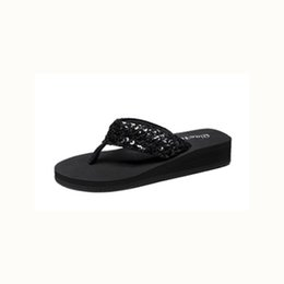 7ca67642a82912 2018 summer new wear non-slip thick-soled slippers Korean version with the  foot flip-flops fashion beach shoes