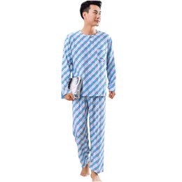 2ba0d057f Outono Novos Homens Desgaste Em Casa O Pescoço 2 PCS ShirtPant Solto Nightwear  Salão de Manga Longa Pijama Set Xadrez Poliéster Algodão Sleepwear