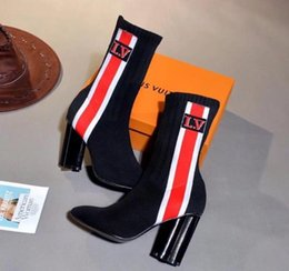 Silhouette Bottines Top Qualité Luxury Brand Chaussettes Femme Demi-bottes Noir Stretch-Knit Bottes Au Genou Blanc Rouge À Talons Hauts
