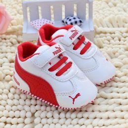 Venta al por mayor de Moda Nuevo Otoño Invierno Zapatos de Bebé Niñas Primeros Caminantes Zapatos Recién Nacidos Zapatos 0-18M Primeros Caminantes