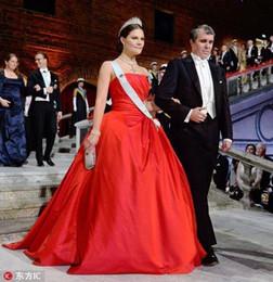 Strapless Sequin Red Dress Australia - rihanna fenty Saudi Vestido vestidos De fiesta Festa Alibaba China prom dresses 2018 red ball gown strapless pleat evening party