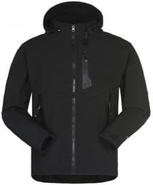 Оптовые мужчины водонепроницаемые дышащие куртки Softshell Мужчины на открытом воздухе Спорт пальто женщин Лыжный туризм Ветрозащитный зимний Outwear Мягкая куртка оболочки