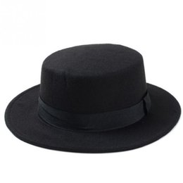 Brand Fashion Wool Boater Flat Top Hat per le donne Cappello a tesa larga  in feltro db8037fd8772