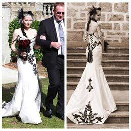 lace corset back wedding dresses 2019 - 2018 Custom Slim Sweetheart Black Lace Appliques Slim Gothic Mermaid Wedding Dresses Country Style Corset Back Vintage B