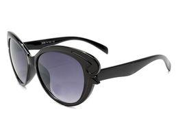Discount sun box - Hot Sale Italy Luxury Fashion Women Brand Designer Sun Glasses Vintage Sunglasses Retail Original Case And Box