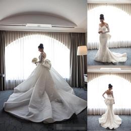 $enCountryForm.capitalKeyWord Australia - 2018 New Full Lace Mermaid Wedding Dresses with Big Bow Detachable Train Appliqued Long Sleeves Wedding Gown Bridal Dress BA9665