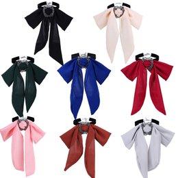 À la mode en mousseline de soie Bowknot Collier Élégant Cou Chaîne Jupe Décoration Noeud Papillon Gracieux Cadeau Parfait