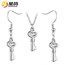 handmade african pendants 2019 - Fashion design handmade Key Jewelry Set for women Gold Silver color stainless steel Key Pendant Necklace Earrings set fe