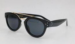 Vente en gros 2019 Nouveau noir Lunettes conduite lunettes de soleil hommes femmes Casual UV400 HOT lunettes libre achats