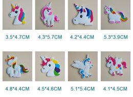 Venta al por mayor de PVC Unicornio Llavero de Juguete Llavero Cadenas Llavero Bolsa Colgar Colgante De Plástico Accesorios de Moda Juguetes de Joyería para Mujeres niños