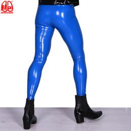 6b633ce79 Homens sexy Plus Size Alta Elastic PVC Brilhante Calças Lápis Apertado Faux  Couro Lustroso Do Punk Bag Legs Calças Lingerie Erótica Desgaste Gay 53