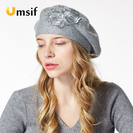 bd1fe2e3 2018 New Autumn Winter Women Beret Elegant Flower Rhinestones hat ladies Wool  High Quality Knitted Female Hats diamond Caps