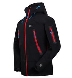 China top Men Waterproof Breathable Softshell Jacket Men Outdoors Sports Coats women Ski Hiking Windproof Winter Outwear Soft Shell jacket cheap jacket outwear suppliers