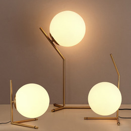 Wholesale Nordic Glass Ball LED Table Lamp Gold Desk light Reading lamp bedroom Lighting