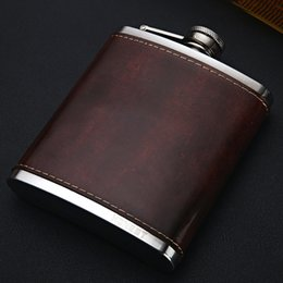 Discount flask alcohol bottles - Leather Hip Flask Whiskey Stainless Steel Wine Bottle Retro Alcohol Pocket Flagon With Box Travel Barware 9 Oz