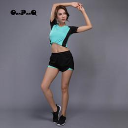 $enCountryForm.capitalKeyWord NZ - OnnPnnQ Yoga Set Sport Clothes For Women Running Fitness Short Sleeve Shirt+Short Pants Yoga Leggings Gym Clothes Jogging Suits