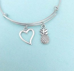 $enCountryForm.capitalKeyWord Australia - TROPICAL Fruit Pineapple & Heart Expandable Wire Bangles Vintage Silver Adjustable Cuff Charm Bangles For Women Jewelry Fashion Gifts Access
