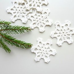 $enCountryForm.capitalKeyWord NZ - Christmas tree ornaments, crocheted snowflakes, handmade holiday decorations, white applique, embellishments of 12 ~4 inches