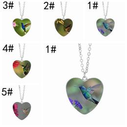 $enCountryForm.capitalKeyWord NZ - Hummingbird Heart Glass Cabochon Pendant Necklaces 25mm Birthday Girl Gifts Women Charm Jewelry Wholesale