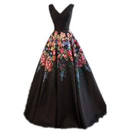 876c5cd7c Newest Printed Satin Evening Dresses Long Floor Length A-Line V-Neck  Sleeveless Lace Up 2018 Plus Size Prom Dresses Flowers