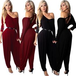 d5ff6be67fe26 Femmes sarouel Combinaison manches longues Barboteuses Col V profond  Combinaisons Body Vêtements de marque night club pantalon lâche couleur  rouge noir M123