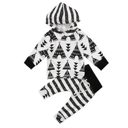 $enCountryForm.capitalKeyWord UK - Striped Hoodie Baby Kids Boys Clothes Top + Pants Outfits 2PCS Set Newborn Baby Cotton Clothing Geometric Boutique Black White Toddler 0-24M