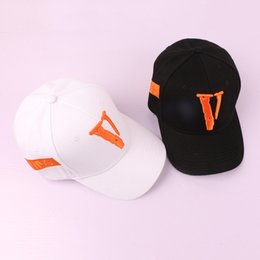 4003f3b0edd Big V FRILNDS Baseball Cap New Fashion Men Women Outdoor Hip Hop Casual Cap  Outdoor Bones Letter Justin Bieber Snapback Dad Hats