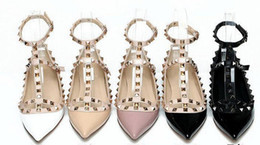 $enCountryForm.capitalKeyWord NZ - Factory Price High Quality V Rivets Flat Shoes Genuine leather ballet shoes Patent leather Woman's casual shoes 35-42
