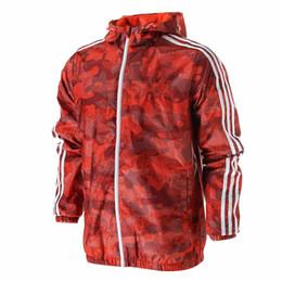 Chinese  Wholesale Mens Windbreaker Designer Jackets Zipper Hoodies Wholesale Boy Coats Sports Outerwear Famous Print 3 Colors manufacturers