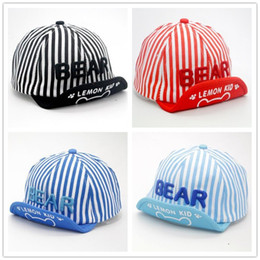$enCountryForm.capitalKeyWord NZ - Hot Sale Spring Summer Hats Kids Sunhats Cute Bear baseball Stripe Printed Peaked Cap Children Boys Girls Baseball Hats Baby Ball Hats