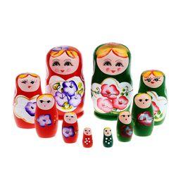 5 pçs / set Bonecas Russas De Madeira Conjunto De Madeira Assentamento Babushka Matryoshka Mão Tatuagem Bonecas Brinquedos Do Bebê para Meninas em Promoção