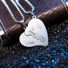 9be78cd1e9 Couple Necklaces Set Broken Heart Pendant Necklace Engrave I Love You  Matching Hearts Key 316L Stainless Steel Necklace