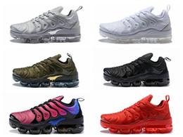 2018 TN Plus Mens Designer Sapatos VM Olive Em Metálico Branco Prata Colorways Mulheres Homens Sapatos Para Execução Masculino Pack Triplo Sapato Preto Dos Homens
