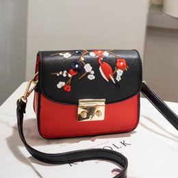 1e3804c5c0 Fashion China Style Embroidery Red Flower With Bird Pu Leather Ladies  Envelope Bag Shoulder Bag Handbag Crossbody Messenger Bag