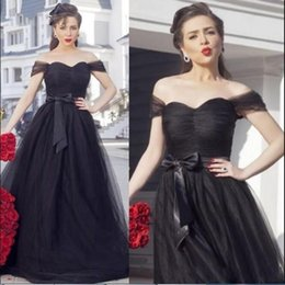 Wholesale Vintage Black Evening Dresses With Bow Sash Pleated Corset Puffy Long Elegant Women Formal Evening Prom Gowns Off the Shoulder Custom Made