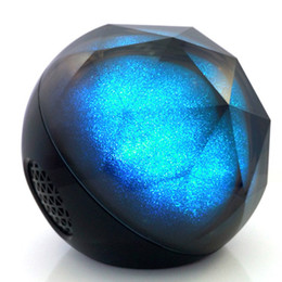 Free magic ball online shopping - Bluetooth Portable Speakers Magic Color Balls Long Battery Life Bluetooth Speakers Remote Operation Colorful Lighting Effect