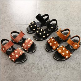 Brown Korean Flat Shoes Canada - 2018 summer new girls princess sandals Korean children's pearl open-toed shoes flat beach shoes performance shoes tide