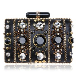 dd08f70f1ae96 Fashion Women Handbags Beaded Chain Accessory Metal Day Clutches Embroidery  Party Wedding Evening Bags
